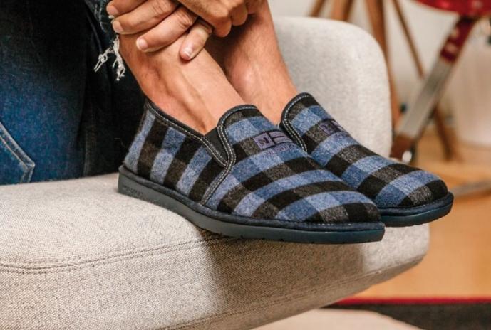 Zapatillas de estar por casa - Melena Costa - Zapatillas Garzón
